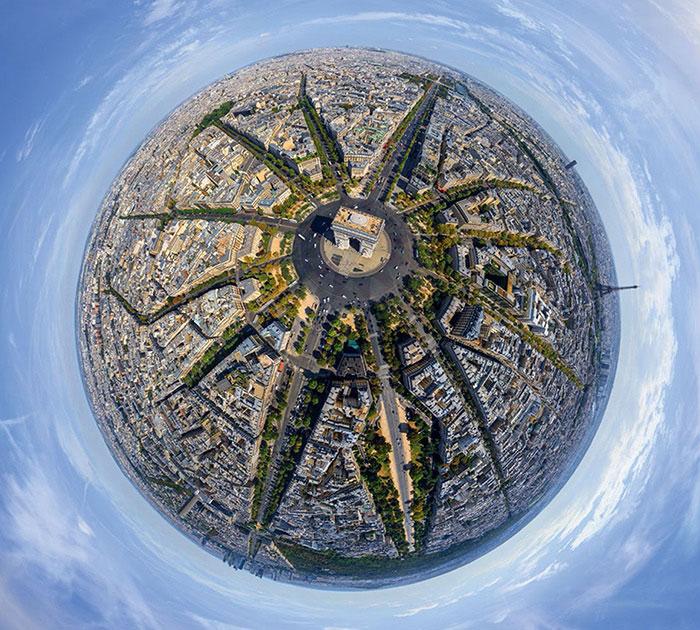 1421966192995 - تصاویر زیبای شهرها از فراز اسمان