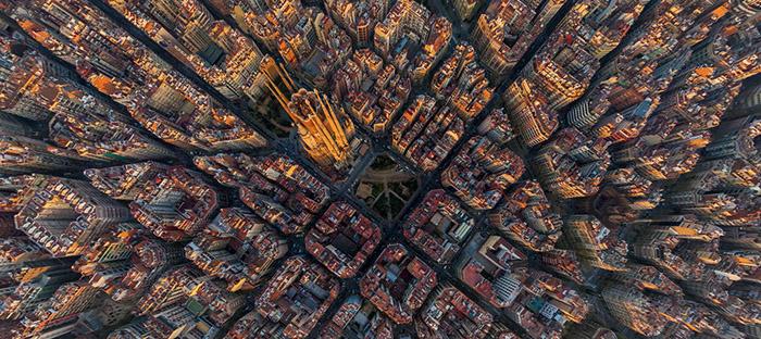 1421966488551 - تصاویر زیبای شهرها از فراز اسمان