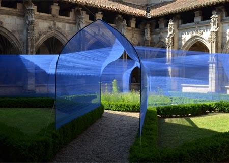 1434494233025 - تونل ساخته شده از نخ در کلیسای سن استپان