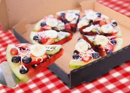 1449964420341 - مدلهای تزیین هندوانه برای شب یلدا به شکل پیتزا